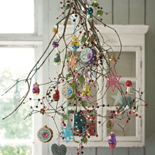 15-Fantastic-Alternative-Christmas-Tree-Ideas-12