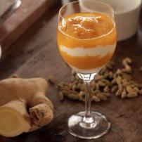 Taça de manga, iorgurte grego e calda perfumada. Instagram Gastronomismo.