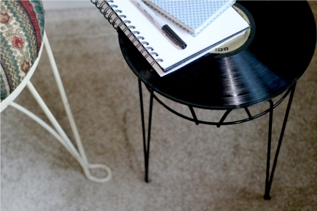 how-to-make-a-record-side-table