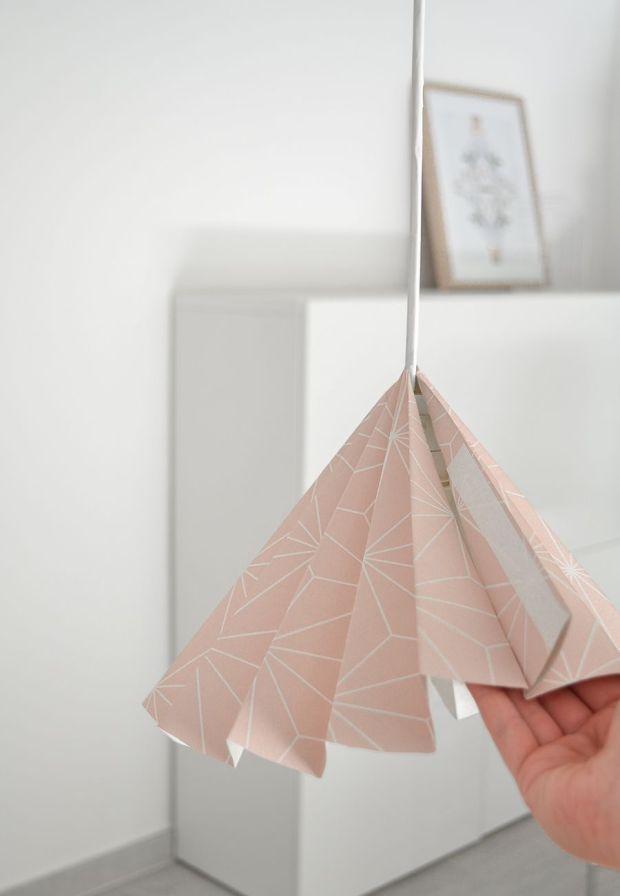 Wallpaper-into-a-lampshade-design