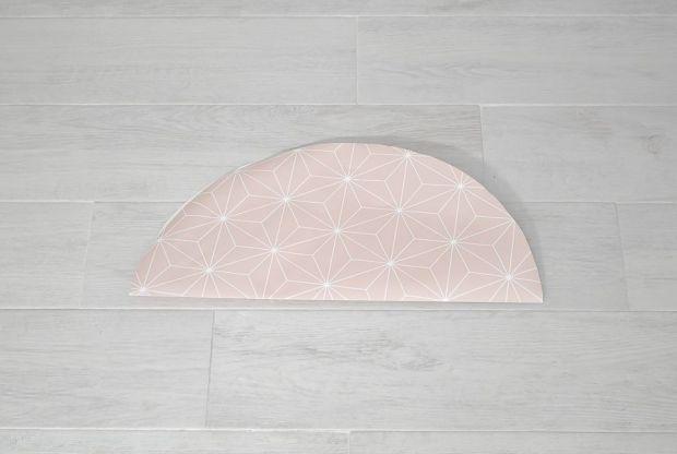 Wallpaper-into-a-lampshade-fold-circle-againn